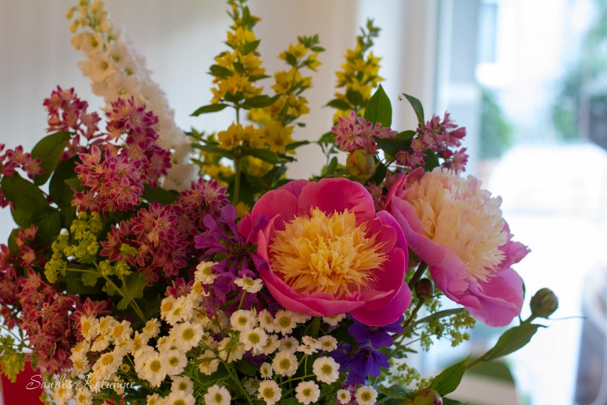 Friday-Flowerday Gartenstrauß 2