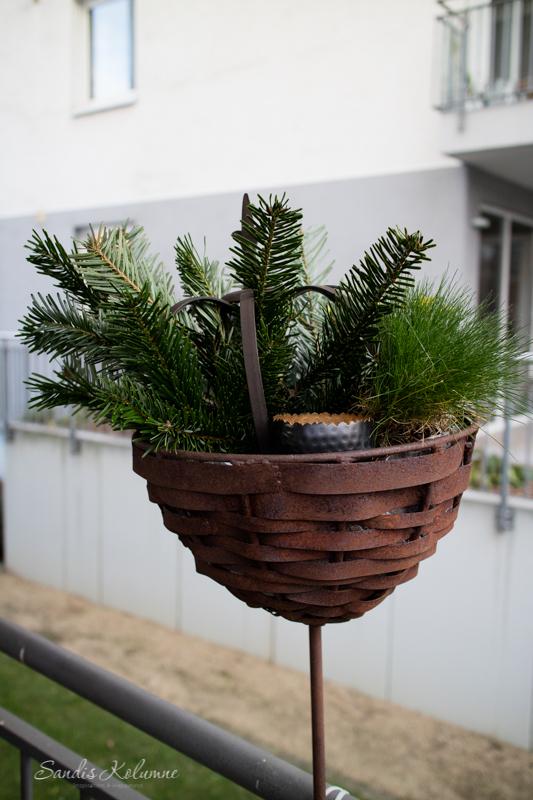 Adventsdeko Terrasse und Garten 2015 7