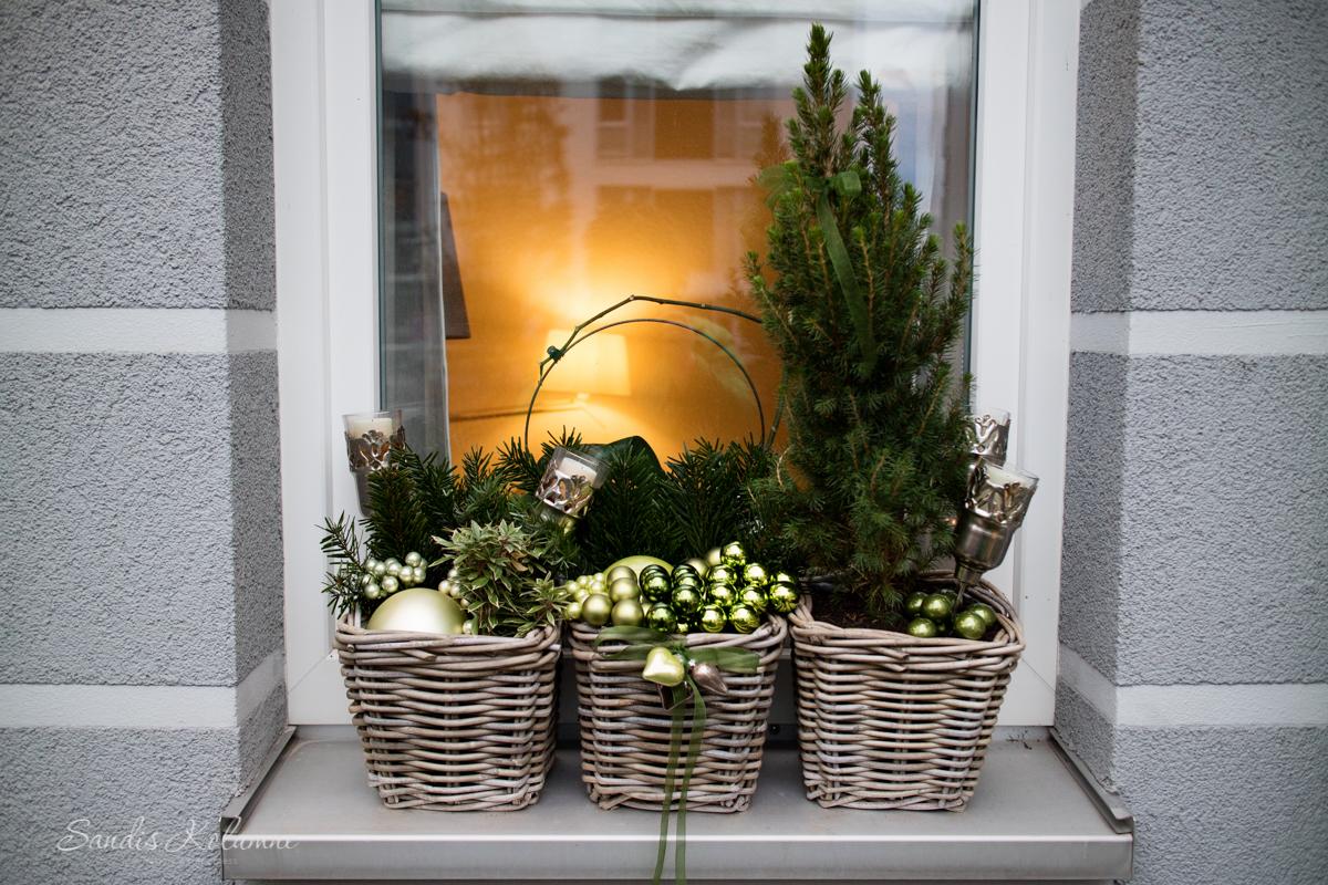 Adventsdeko Terrasse und Garten 2015 17
