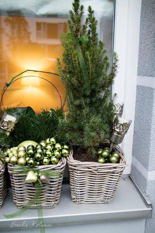 Adventsdeko Terrasse und Garten 2015 19