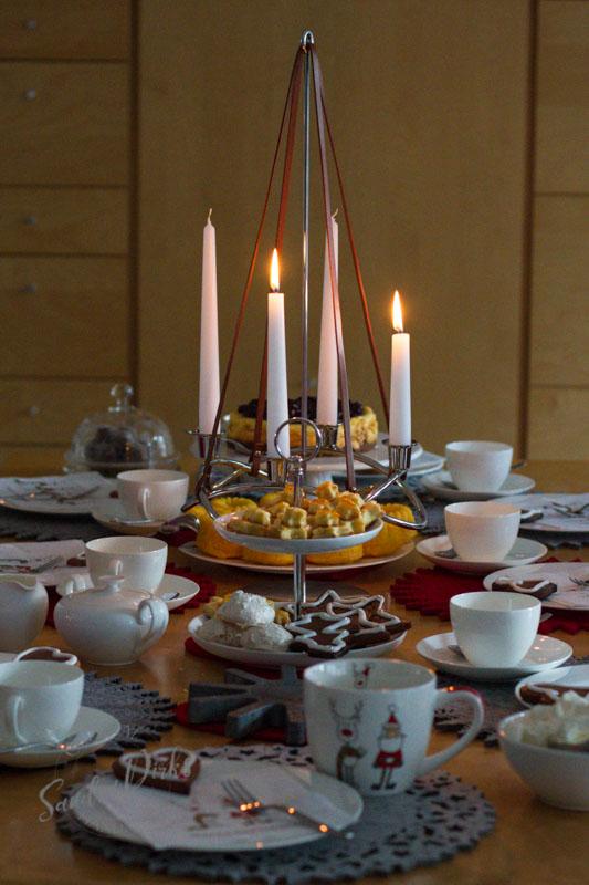 Sandra Dirks - Adventskaffee mit Adventskranz