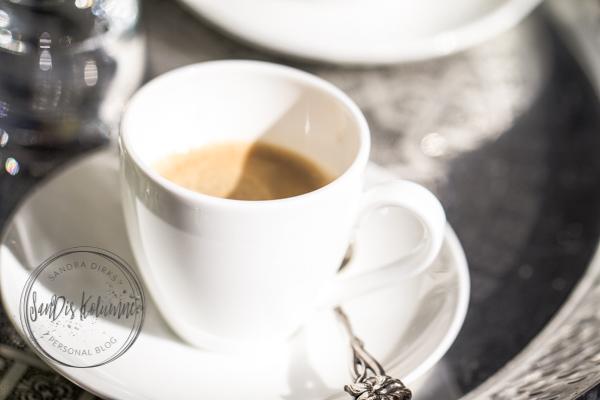 Sandra Dirks - 1. Espresso auf der Terrasse 2017 - Detail Espressotasse