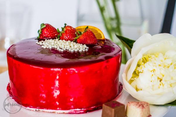 Sandra Dirks - Boggeburtstag! 10 Jahre SanDis Kolumne! Blumen, Kuchen und Pralinen 2