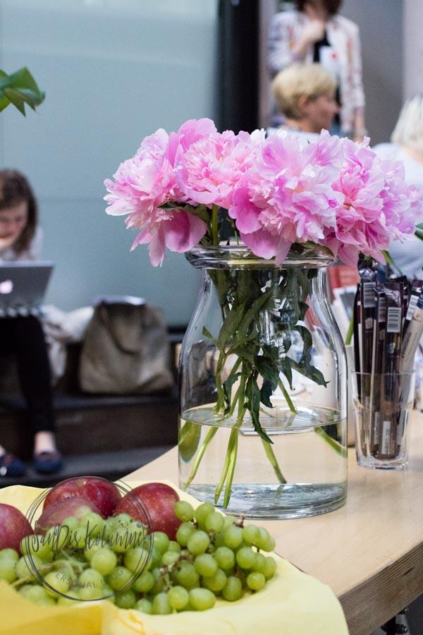 Sandra Dirks - Blogst Barcamp Blumen und Schokolade