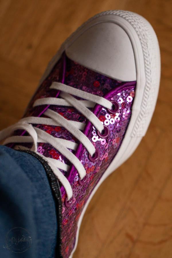 Sandra Dirks - Sonntagsgedanken Blingbling Pailletten Chucks in pink