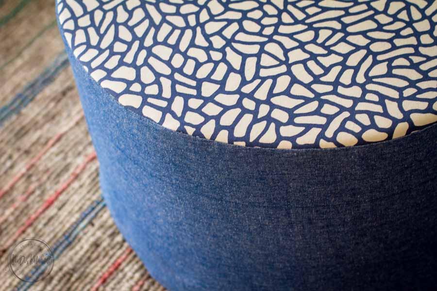Sandra Dirks - ein passender Sitzpuff fürs Wohnzimmer